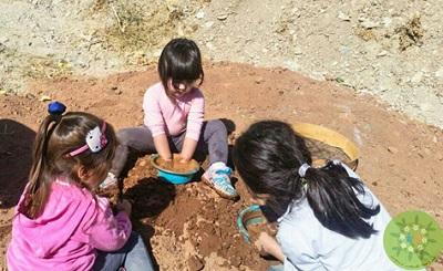 با مدرسه طبیعت، دنیا را به کودکان بدهیم، تا دنیا دوستی را درک کند+عکس