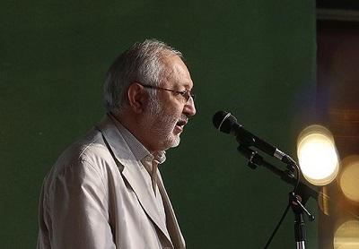 نقش استاد براتیپور در توسعه و ترویج ادبیاتِ انتظار، ستودنی است