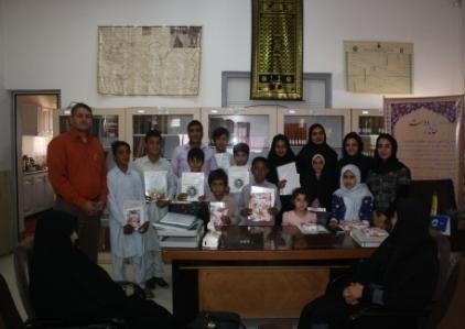 تقدیر از برگزیدگان کتابخانههای عمومی زاهدان در جشنواره کتابخوانی رضوی
