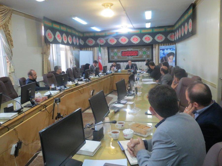 جلسه انجمن کتابخانههای عمومی شهرستان اراک برگزار شد