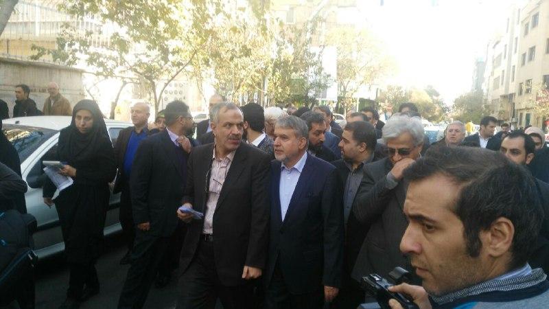 انتقاد مدیر انتشارات علمی و فرهنگی از وزارت ارشاد