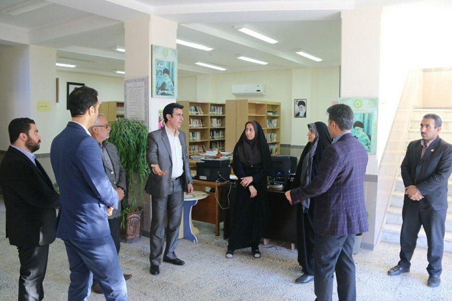 بازدید مدیرکل کتابخانههای عمومی مازندران از کتابخانههای استان