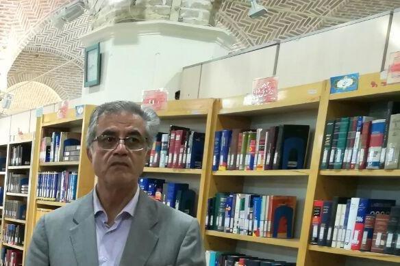 شر کت رئیس مرکز کرمانشناسی در کتابخانه گردی استان کرمان