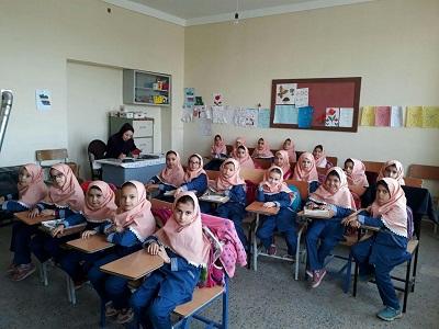 نشست «کتابخوان مدرسه ای» کتابخانه عمومی ثقلین (کوزه کنان)