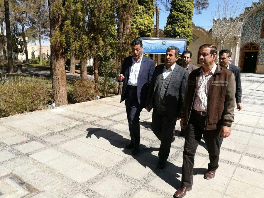بازدید نماینده مردم کرمان و راور در مجلس از کتابخانه مرکزی کرمان
