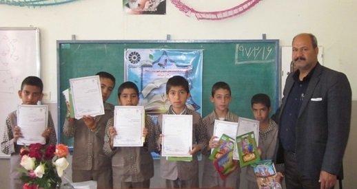 نشست کتابخوان در مدرسه حکیم جهانگیر خان قشقایی دهاقان اصفهان
