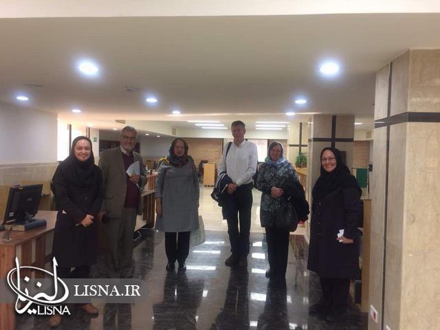 بازدید اعضای کمیته جهانی یونی مارک از کتابخانه مرکزی دانشگاه الزهرا + عکس
