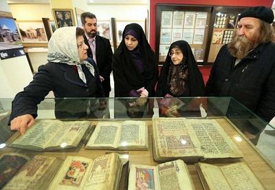 رئیس سازمان اسناد و کتابخانه ملی از کلیسای حضرت مریم (س) بازدید کرد