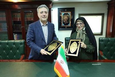 همکاری کتابخانه ملی ایران با دانشگاه تهران برای معرفی آثار حافظه جهانی