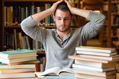 چگونه همه کتاب هایی را که در طول سال می خوانیم در یاد نگه داریم؟
