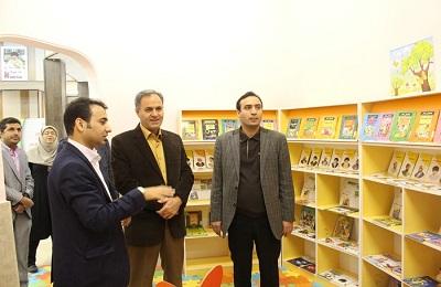 بازدید فرماندار اسلامشهر از کتابخانه شهید مصطفی خمینی