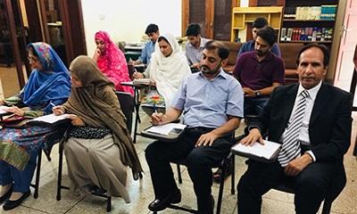 آزمون زبان فارسی در پاکستان برگزار شد