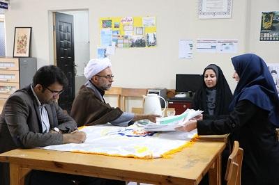 بازدید مدیرکل کتابخانههای عمومی استان هرمزگان از کتابخانهای عمومی در بندرعباس