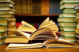 اهدای3 هزارجلد کتاب های کمک درسی به کتابخانههای عمومی خوزستان